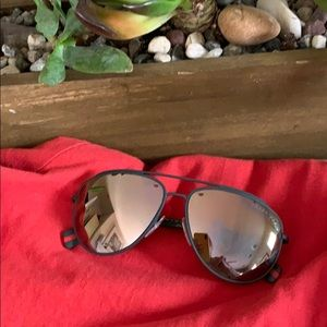 Prada Polarized Aviator Sunglasses 🕶